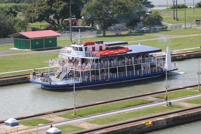 Canal Tour - Navegue pelo Canal do Panamá
