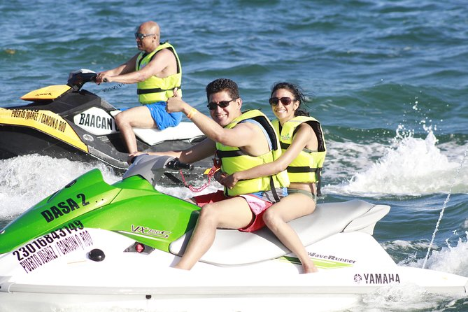 Outdoors Adventure with Jet Ski, Swiming with Turtles, Snorkeling & Parasailing