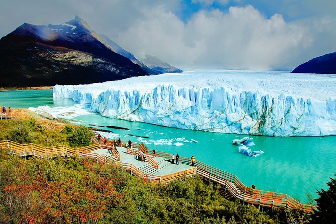 Full Day Tour to Perito Moreno Glacier with Navigation