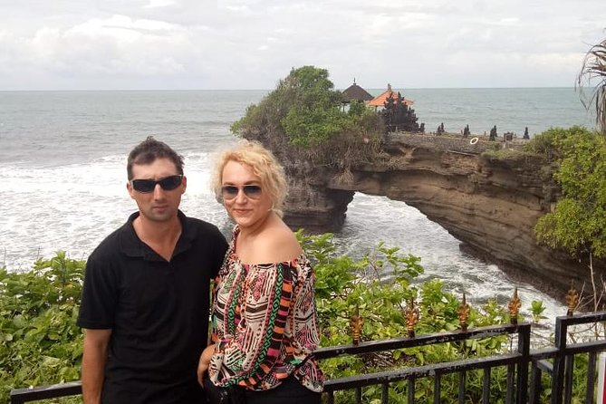 Greenland Tanah Lot Ulundanu Temple Gate Handara Private Tour - Free WiFi