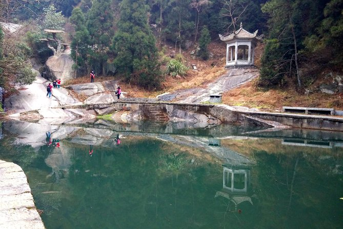 Private Day Tour to Mt Hengshan from Changsha photo 4