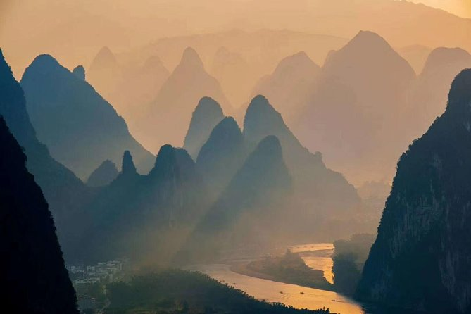 Half-Day Yangshuo Xianggong Mountain Sunrsie Private Tour from GUILIN hotel photo 3