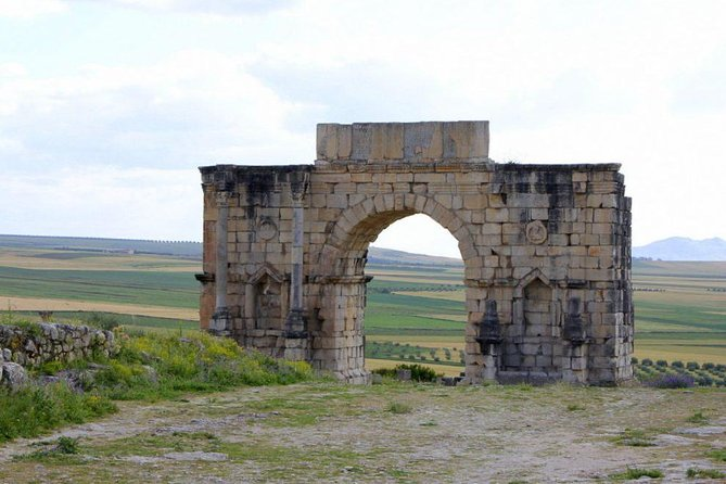 day trip from fes to volubilis and meknes