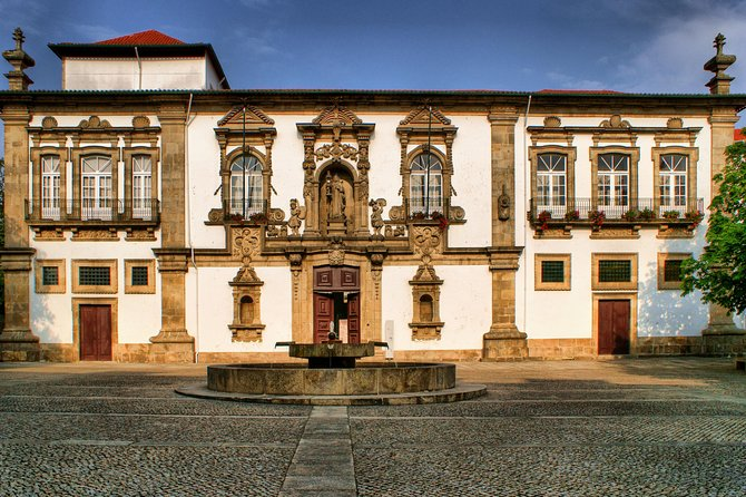 The Birthplace of Portugal Tour: Guimarães from Braga photo 10
