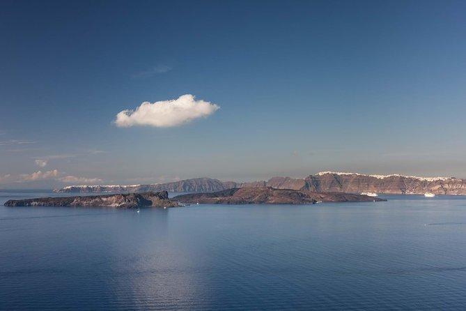 Santorini Private Minibus Sightseeing Tour