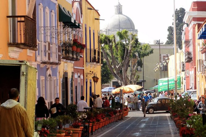 1 or 2 Days Trip to Puebla & Cholula with Breakfast & Hotel