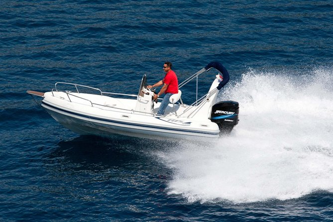 Rent a RIb MAESTRAL 500, Mercury DFI 135 hp, it can be done without a skipper
