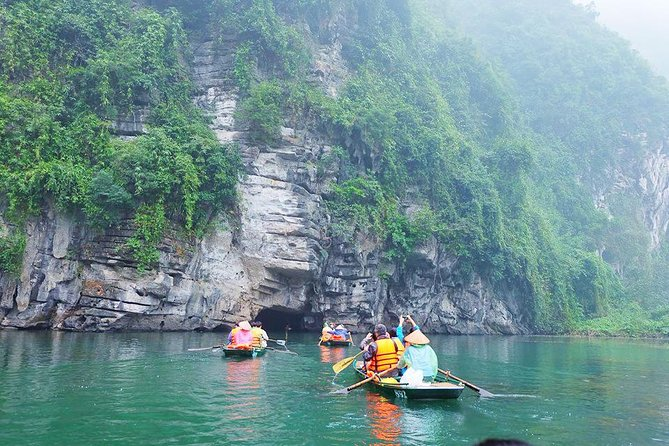 Luxury Bai Dinh - Trang An Full Day Trip with Buffet Lunch