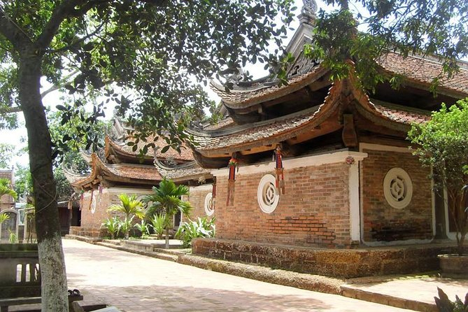 Duong Lam Ancient Village - Full Day Trip