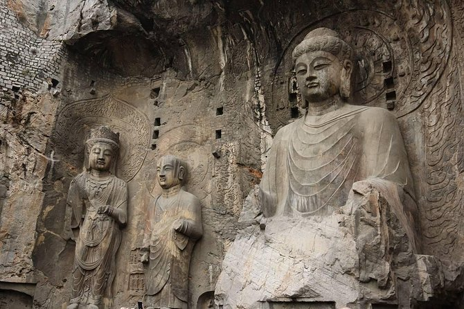 2 Day Private Tour: Shaolin Temple and Longmen Grottoes from Beijing by Bullet Train