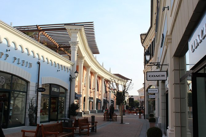 Rome: Castel Romano Outlet Shopping Full-Day Trip 2019