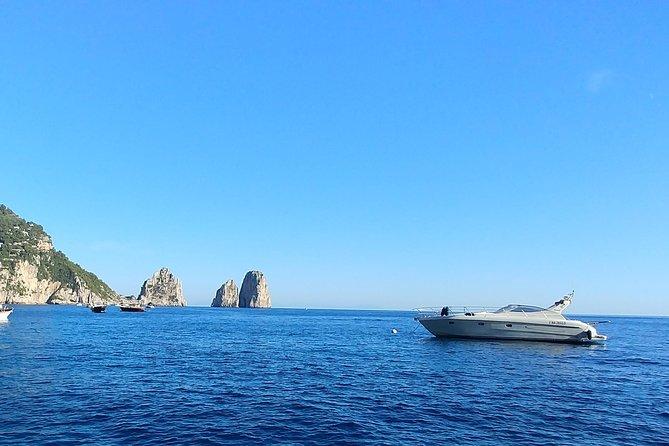 Cruise to Capri and Amalfi coast from Positano or Amalfi - yacht 40'