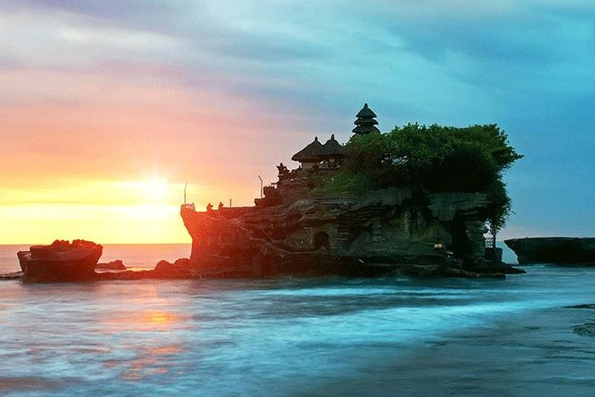 Bedugul & Tanah Lot Private Tour