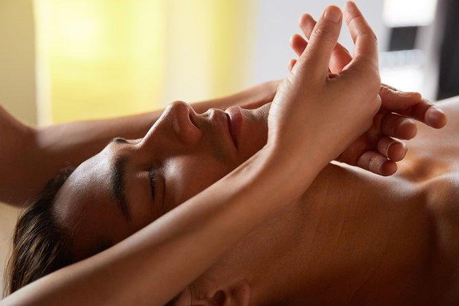 Couple Hindu Massage
