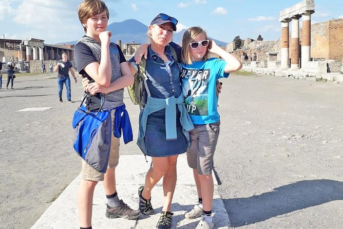 Kid-Friendly Shore Excursion from Naples Port to Pompeii and Vesuvius photo 1