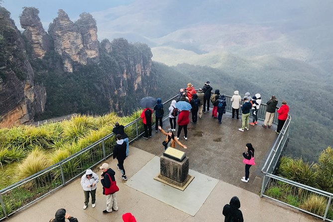 Blue Mountains Day Trip from Sydney with amazing lookouts (Private Tour)