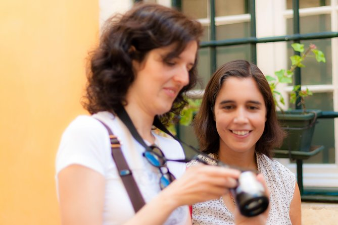 Alfama Photography Tour with a Postcard Photographer
