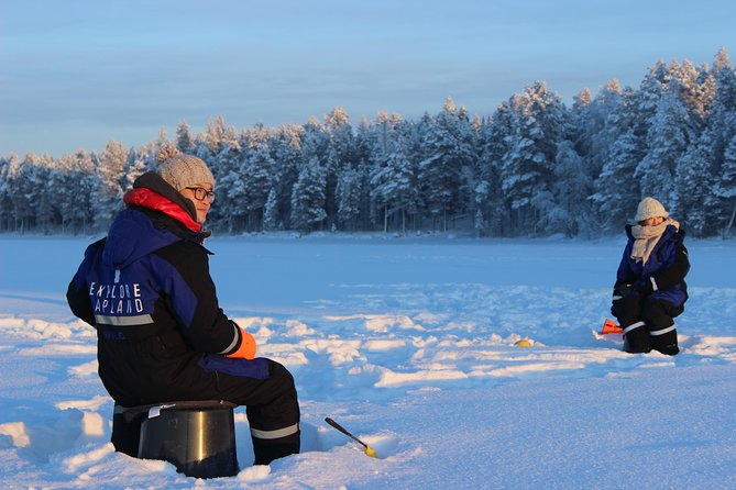 Relaxing Rovaniemi Ice Fishing Experience with Lunch. photo 4