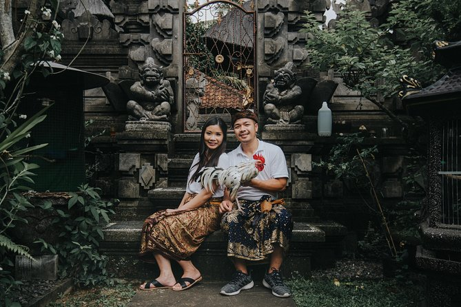 Balinese Costume with Photographer