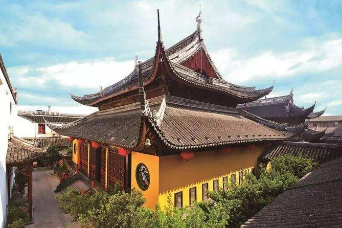 3-Hour Ultimate Discovery of Shanghai Jade Buddha Temple and Yu Garden