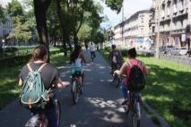 Enjoy a Sightseeing Bike Tour of Krakow on a comfortable beachcruiser