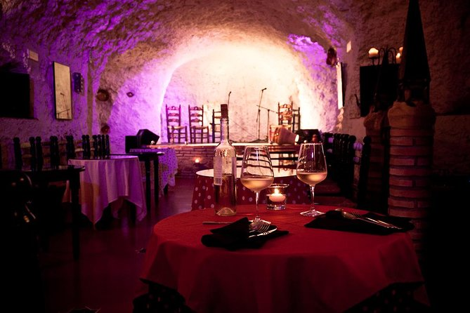 Skip the Line: 1 Hour Flamenco Show Ticket in a Cave-Restaurant in Granada