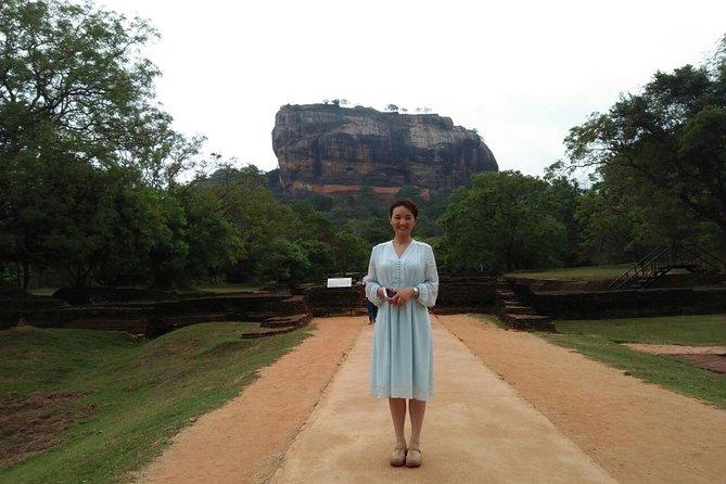 Dambulla Sigiriya Tour