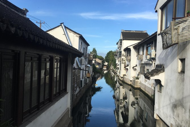 Suzhou Private 3-Hour Walking Tour to See Local Lifestyles with Pingjiang Road