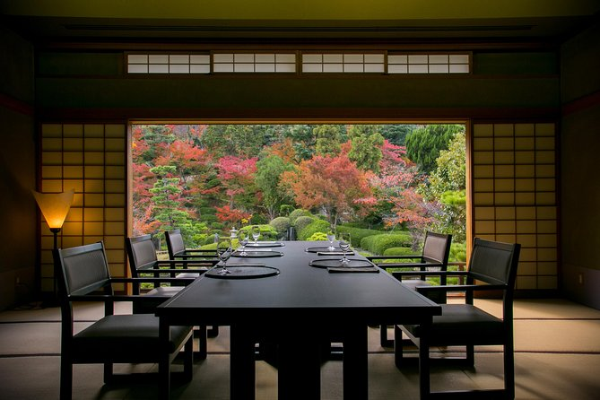 Experience Culture and Culinary enjoying Magnificent Japanese Garden, Hiroshima