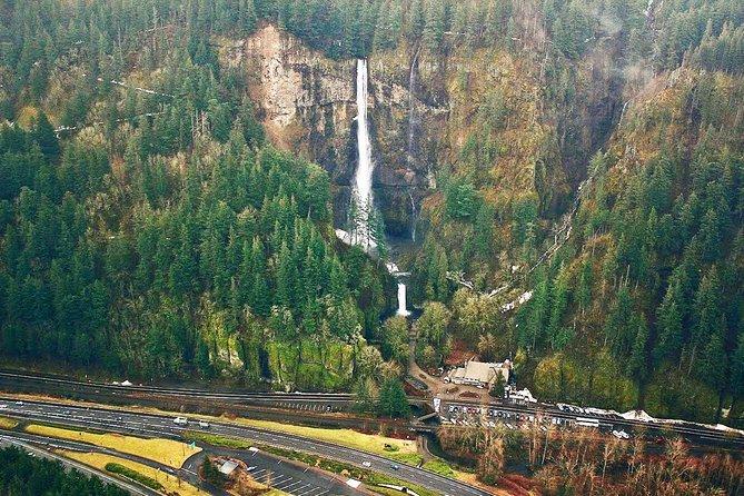Private Air Tour of Multnomah Falls for 3