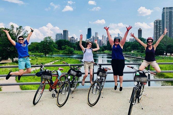Bike Tour of Chicago's Lakefront Neighborhoods