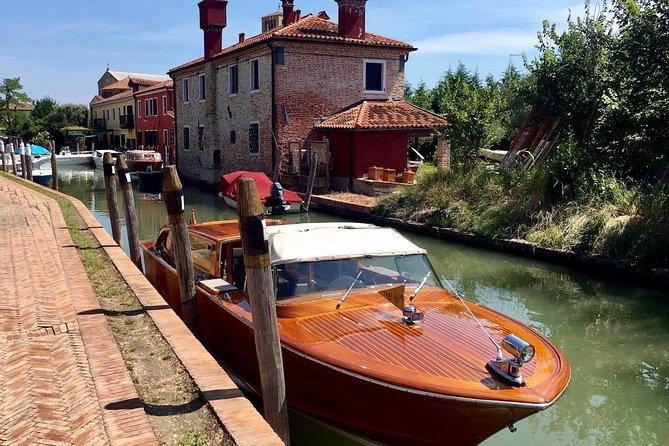 The Mahogany Boat Full Day Experience