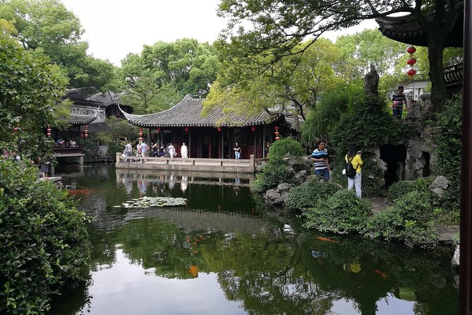 Suzhou and Tongli Water Town Private Tour from Shanghai with Options