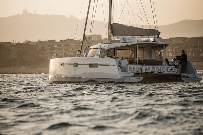 2h Exclusive Catamaran Experience in Barcelona