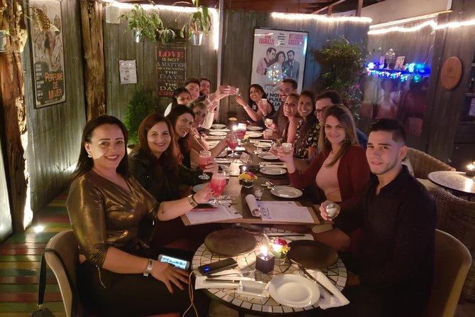 Jantar de três pratos com entrada VIP no clube em Santiago