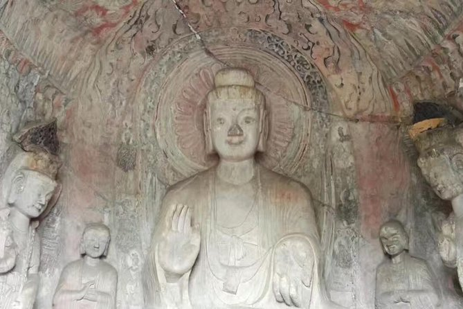 Longmen Grottoes & Luoyang Ancient Art Museum Day Tour from Xi'an by Fast Train