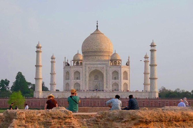 Private Sunset Day Tour of Taj Mahal Agra From Delhi Includes Guide