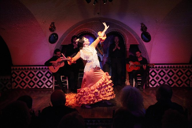 Tapas and Flamenco Show at Tablao Flamenco Cordobes