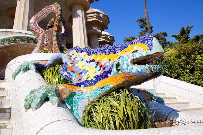 Gaudi's Park Guell Guided Tour with Skip the Line Ticket