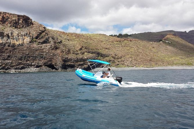 4-hour Boat Rental in Valle Gran Rey no licence required photo 1