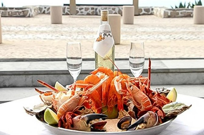 Private Tour: Seafood Festival Lunch at Fishing Village and cultural experience