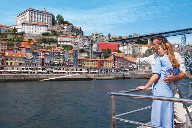 Explore Porto & Aveiro within Riverboat Cruises - Private Full Day Tour from Lisbon with Lunch