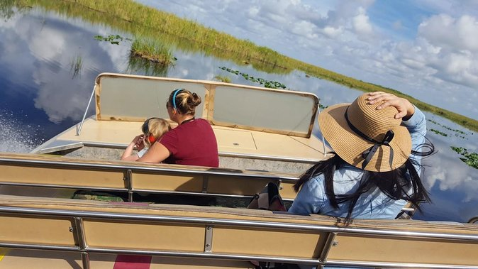 Full-Day Everglades Naturalist-Led Adventure: Cruise, Hike, and Airboat