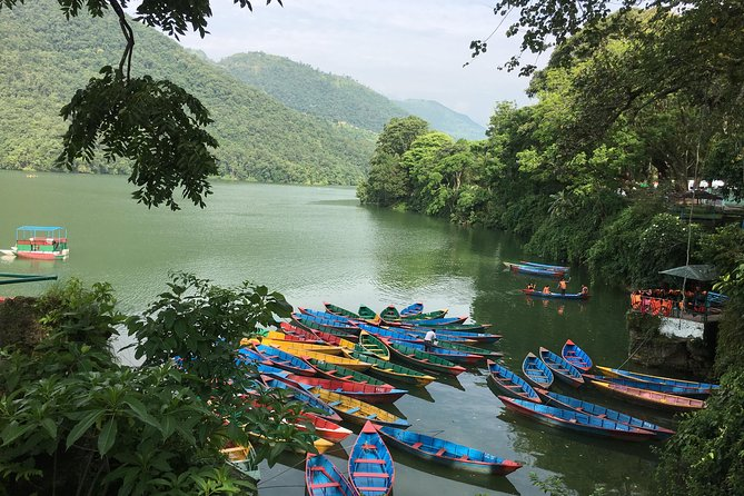 ポカラからのFewa Lake Rowing Trip