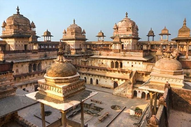 Excursion To Orchha & Jhansi From Khajuraho With Lunch