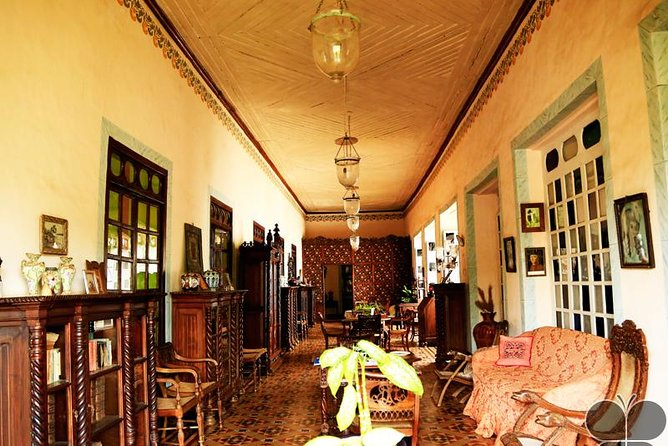 Private Tour of Goa's Portuguese style mansions