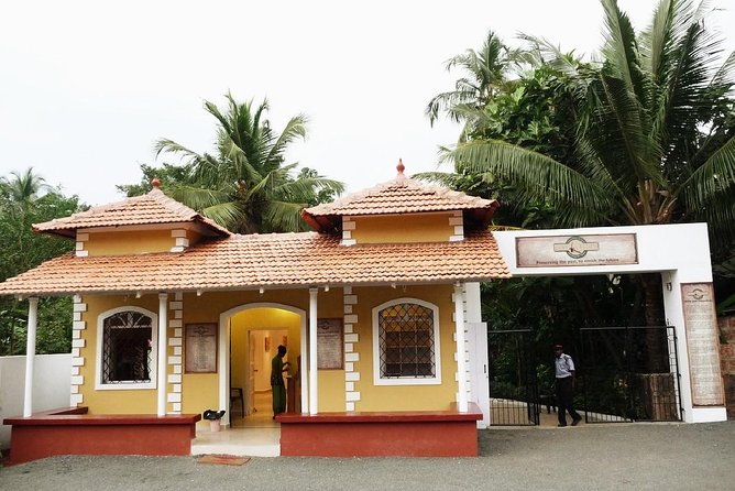 Private Tour of Goa's Portuguese style mansions photo 2