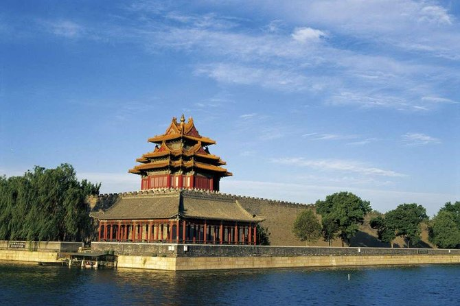 Private Trip to Mutianyu Great Wall&Forbidden City with English Speaking Driver