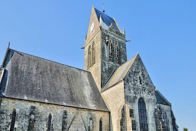 Small-Group D-day Normandy Tour with Audio guide and hotel pick up from Paris