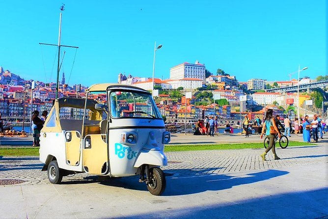 Shore Excursion - See the Historic Center from a Tuk Tuk